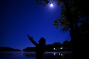 塘路湖の蒼い月S
